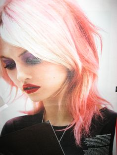 I miss my pink/colored hair :(( maybe one day again...