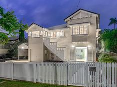 Tuesday already! beautiful Queenslanders in Alderley. So I did some searching and found this lovely one. Front Stairs, Colonial Kitchen, Queenslander, New Homes, Exterior, Mansions, House Styles, Searching, Tuesday