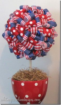 of July *Decoration* - Patriotic Ribbon Topiary. This idea would work for any given holiday you can find appropriate ribbon for. 4. Juli Party, 4th Of July Party, Fourth Of July, 4th Of July Wreath, Patriotic Crafts, Patriotic Party, July Crafts, Holiday Crafts, Holiday Fun