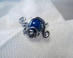 Bague steampunk féérique bleue et argentée Création signée Cha'perli'popette http://www.alittlemarket.com/boutique/cha_perli_popette-951481.html https://www.facebook.com/pages/Chaperlipopette/378595345610288?ref=hl