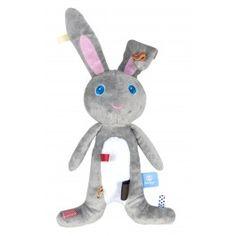 Een konijn zoals een konijn hoort te zijn: lief, ultra-zacht en voor altijd je vriendje! Jij en Moochi zijn onafscheidelijk: knuffelen in bed, aan de arm mee naar buiten, of de auto in…..Moochi zal je altijd troosten en er voor je zijn. Moochi is 40 cm groot en is gemaakt van zachte coral en rib.