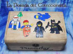 Caja Lego pirograbada.  fb.com/laposada.delcoleccionista