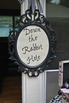 Vintage Alice in Wonderland Tea Party www.etsy.com/listing/195803246/alice-in-wonderland-down-the-rabbit-hole