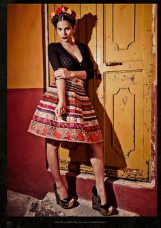 look primavera mexico inspired Mexican Fashion, Mexican Outfit, Mexican Dresses, Folk Fashion, Mexican Style, Ethnic Fashion, Mexican Clothing, Mexican Jewelry, Cheap Prom Dresses Uk