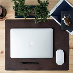 Leather Desk Mat Pad Mouse Pad Gifts for men by CapraLeather. Home Office Setup, Desk Setup, Pad Design, Clean Design, Monogram Gifts, Personalized Gifts, Handmade Gifts, Leather Desk Pad, Office Supply Organization