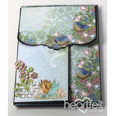 alle producten van Heartfeltcreations zijn te koop bij www.hetcreatievezwaantje.comWildwood Cottage Foldout Mini Album