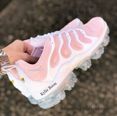 """""""Pinky"""" Nike vapormax plus customs. Please allow up to 3 weeks to receive your order. This can be changed at any time without prior notice due to high volumes of orders placed. Please be ..."""