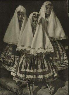 Fotos antiguas de Lagartera .  #fotos #antiguas #Lagartera #cunadebordados