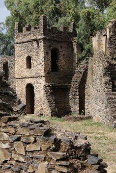 Ruins of Gondars Castle, Ethiopia by Raphael Bick Beautiful Castles, Beautiful Buildings, Beautiful Places, Chateau Medieval, Medieval Castle, Old Buildings, Abandoned Buildings, Abandoned Castles, Abandoned Places