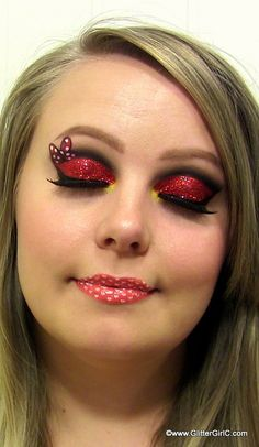 Hi lovely readers! <3 Here is an other Disney Classics look! This time I'm doing Minnie Mouse! :D I've used some gorgeous red glitter and drawn her bow on one of my eyes! I hope you …