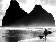 Praia da Cacimba do Padre - Fernando de Noronha, Brasil photo by Lucas Landau http://www.flickr.com/photos/paradise/