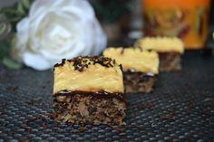 Prajitura cu nuci si vanilie | MiremircMiremirc Something Sweet, Nutella, Carne, Cooking Recipes, Sweets, Desserts, Cappuccinos, Christmas, Crafts