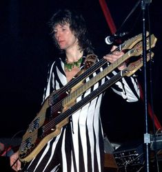 Chris Squire on the triple neck.