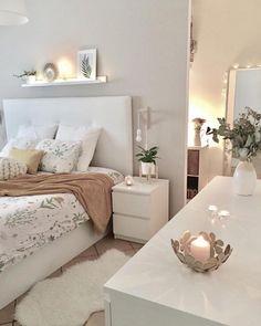 Home Decor Accessories .Home Decor Accessories Teen Bedroom Designs, Cute Bedroom Ideas, Room Ideas Bedroom, Teen Room Decor, Small Room Bedroom, Home Decor Bedroom, Aesthetic Room Decor, Stylish Bedroom, Cozy Room