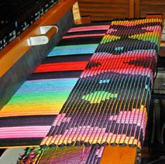 Rosalie Neilson's workshops in warp-faced rep weaving and kumihimo. Weaving Textiles, Weaving Art, Loom Weaving, Hand Weaving, Weaving Designs, Weaving Projects, Finger Knitting, Knitting Socks, Types Of Weaving