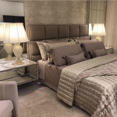 Boa noite!✨Lindo quarto de casal By @ designersoniaprado #ambiente #archdesign…