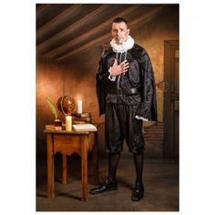 Disfraces medivales hombre | Disfraz de Cervantes. Disfraz escritor español medieval. Contine pantalon corto, casaca con capa y chorreras en las mangas y cinturon. Incluye gorguera para el cuello.  21,95€  #cervantes #escritor #español #medieval #casaca #capa #chorreras #gorguera #disfraz #medieval #disfraces #medievales