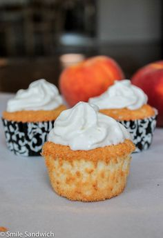 2-Ingredient Peach Angel Food Cupcakes http://papasteves.com/blogs/news/7295596-whats-the-perfect-body-fat-percentage-when-trying-to-build-muscle