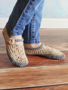 Crochet Downloads - Cozy Adult Slippers