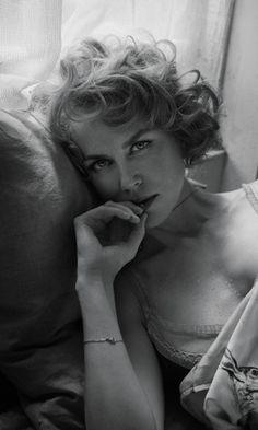 """Nicole Kidman faz fotos para ensaio em preto e branco da edição de outubro da revista """"Interview"""""""