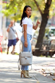 Karrueche Tran in Jeans Summer Outfits, Casual Outfits, Cute Outfits, Fall Outfits, Look Fashion, Fashion Outfits, Womens Fashion, Fashion Trends, Spring Summer Fashion