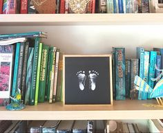 Baby inkless footprint set instone framed in recycled timber