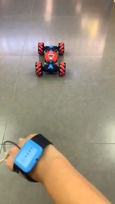 Cool Gadgets To Buy, New Gadgets, Dancing Toys, Baby Gadgets, Cool Inventions, Inexpensive Gift, Stunts, Red And Blue, Cool Things To Buy