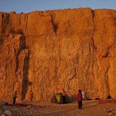 مخيم طور الطابون في الكرك مع احلى غروب شمس 🌅 #درب_الأرن Tor al Tabboun campsite in Karak area with an amazing sunset #JordanTrail