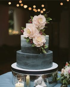 15 Elegant Fall Wedding Cakes - Ideas for Fall Wedding Cake Flavors and Design #weddingcakes