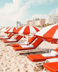 on the beach with beach chairs and umbrellas in orange and white Red Beach, Orange Beach, Miami Beach, Summer Vibes, Summer Fun, Happy Summer, Tropical, Surf Mar, Cheryl Blossom Aesthetic