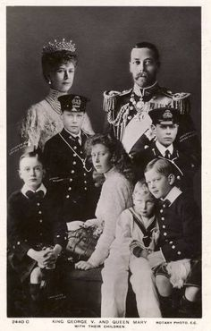 King George V and Queen Mary with their 6 children. Edward [Prince of Wales later Edward Albert- later George [father of HM the Queen] Henry, Duke of Gloucester, George- Duke of Kent, Princess Mary- the Princess Royal and Prince John who died in his teens Queen Mary, Princess Mary, Prince And Princess, King Queen, Queen Elizabeth, Royal Prince, Princesa Victoria, Reine Victoria, English Royal Family