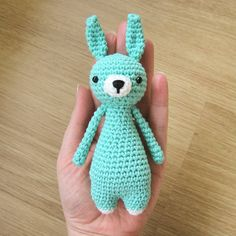 Adorable amigurumi bunny by littlebearcrochets >w<