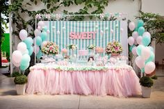 Adriana Gaspar e Marcela Castro: Festa Doce Helena! Baby Party, Baby Shower Parties, Bar Deco, Girl Birthday, Birthday Parties, Ice Cream Theme, Fiesta Baby Shower, Girls Party Decorations, Partys
