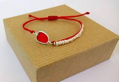 Silver Pebble Bracelet with Pearls, Adjustable Red Cord, Handmade Summer Trends, Red Resin,Minimal Chic / Gift for Her/Sale