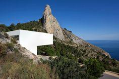 Na Espanha, casa transcendental permite que se 'caminhe' sobre o mar - UOL Estilo de vida
