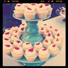 Lovin' summer. Thanks, Enjoy Cupcakes!