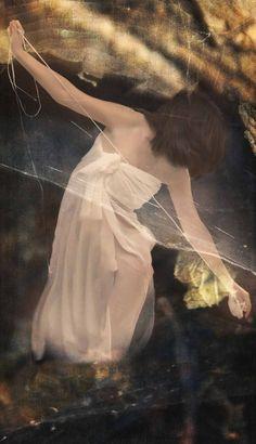 Ego working #conceptual #fotografia #selfportratits #dreams #surrealismo by Isabel Barranco