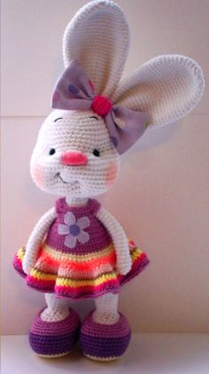 Pretty bunny - free crochet pattern (new dress pattern)