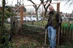 Composting fence frees us of our 'view' | Sustainable Scientist