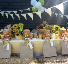 The scene is set for the party guests to join the very cute teddy bears. #teddybearpicnicparty #kidsparty #teddybearparty