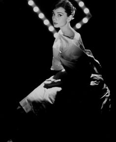 If you know me, you know I love Audrey Hepburn. She is so flawless- as a fashion mogul, artist, actress and devoted humanitarian. I absolutely ADORE her. And admire her (if the title of my board didn't make that obvious).