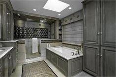 How to Choose Bathroom Flooring on HomePortfolio