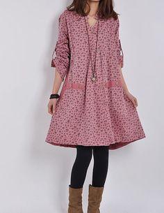 He encontrado este interesante anuncio de Etsy en https://www.etsy.com/es/listing/195420969/red-loose-spring-fall-dress-cotton-linen