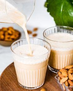 Mint and Rosemary Lemonade with Vanilla - Foolproof Living Almond Milk Latte, Make Almond Milk, Almond Milk Recipes, Homemade Almond Milk, Soaked Almonds, Raw Almonds, Almond Pulp, Almond Butter, Nut Milk Recipe