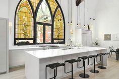 Conversión de iglesia a un hogar, las imágenes hablan por sí solas,amén. Hoy en H A B I T A N 2 http://habitandos.blogspot.co…