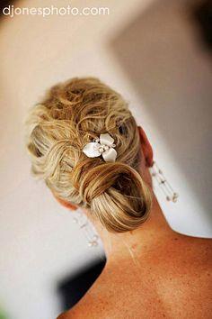 best-beach-wedding-hairstyles-3.jpg 400×600 pixels