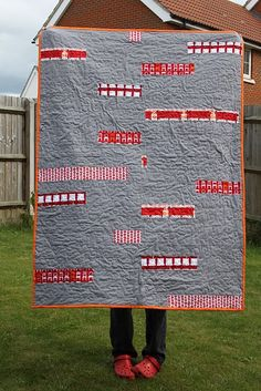 Tweets Minimalist Quilt back by Kate Herd