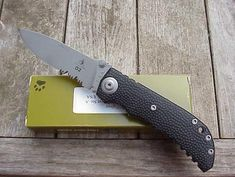 Lonewolf Harsey D-2 Double Action Buck Knife 110, Unique Knives, Automatic Knives, Buck Knives, Lone Wolf, Knifes, Light In The Dark, Action, One Man Wolf Pack