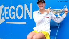 Melanie Oudin wins her first WTA title, d. Jankovic 6-4, 6-2