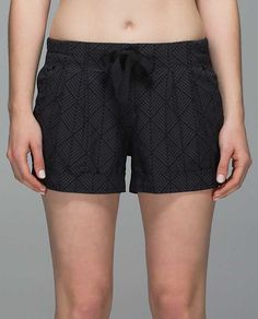 Spring Break Away Short - diamond palm deep coal black